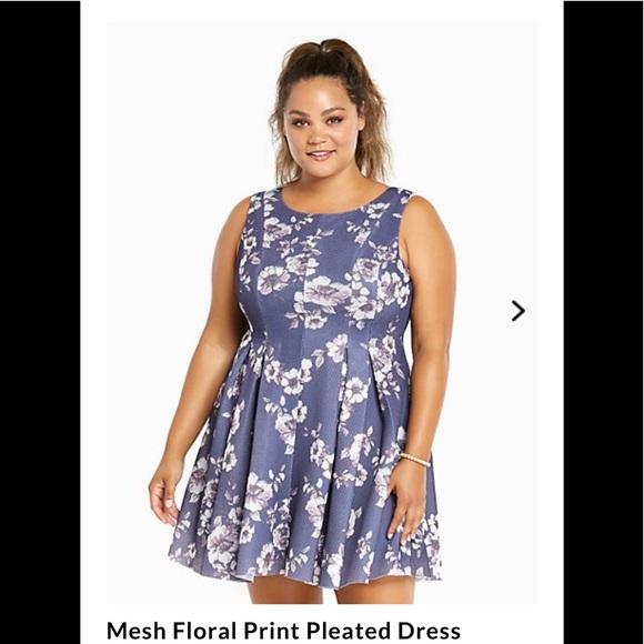 bfbfeb9bae Mesh Floral Print Pleated - Torrid Dress Size 24. M 5b08e8f9a825a6d914c90ec8
